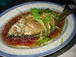 Steamed whole fish (蒸整條魚)